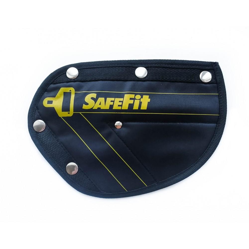 Детское удерживающее устройство ФЭСТ SafeFit, треугольник адаптер ремней безопасности black